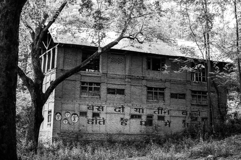 Abandoned house, to Pahalgam